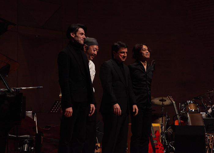 在日本与吉他大师Yasutaka Yoshioka演出